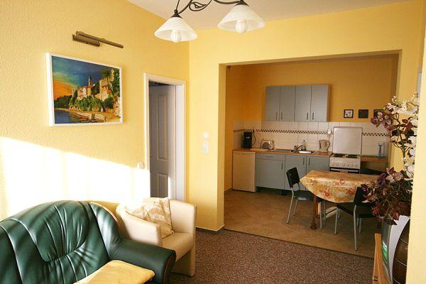 ferienwohnung villa greta denkmalgesch tzte villa weimar. Black Bedroom Furniture Sets. Home Design Ideas